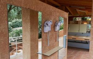 Les sanitaires Oliviers Porto Corse